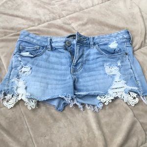 Never worn size 2 Express shorts w lace